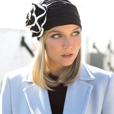 Hi-Fashion 'Halo' hairpiece, Creamy Toffee, René of Paris
