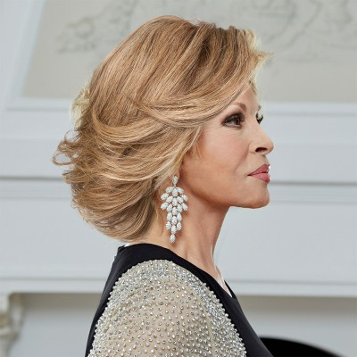 'The Art of Chic' wig, Ginger Blonde (R25), Raquel Welch