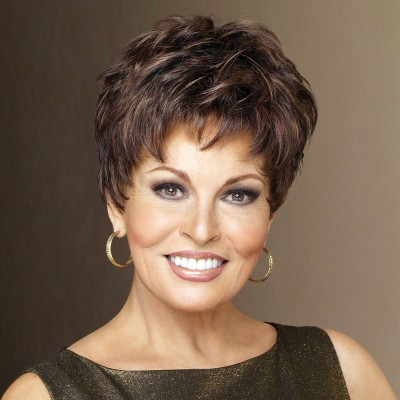 Raquel Welch Winner wig, Chestnut